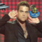 British Popular Singer Robbie Williams Recalls Bizarre UFO Sighting